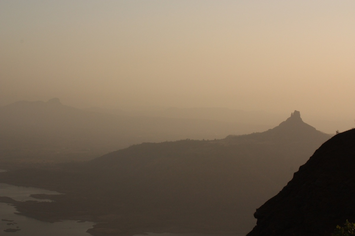 10 reasons why everyone should visit matheran