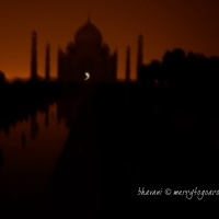 taj mahal bathed in moonlight! or was it?