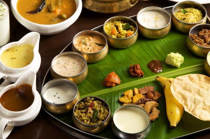 © sandeep verma (sandeepvarma.com/tag/grand-onam-ela-sadhya/)