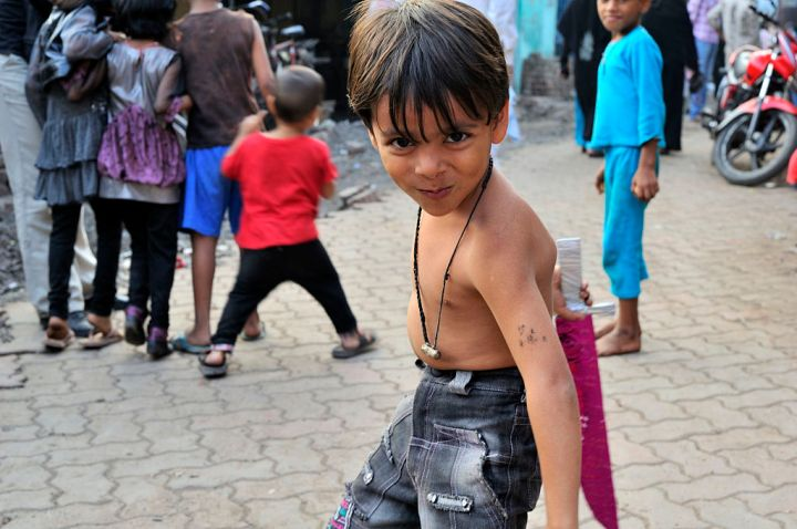 The children of Dharavi and their dreams. © M M (https://www.flickr.com/people/43423301@N07)